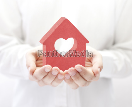 small, red, house, with, heart, in - 22717925