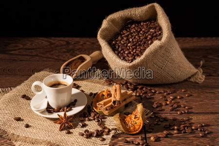 coffee cup with cinnamon star anise