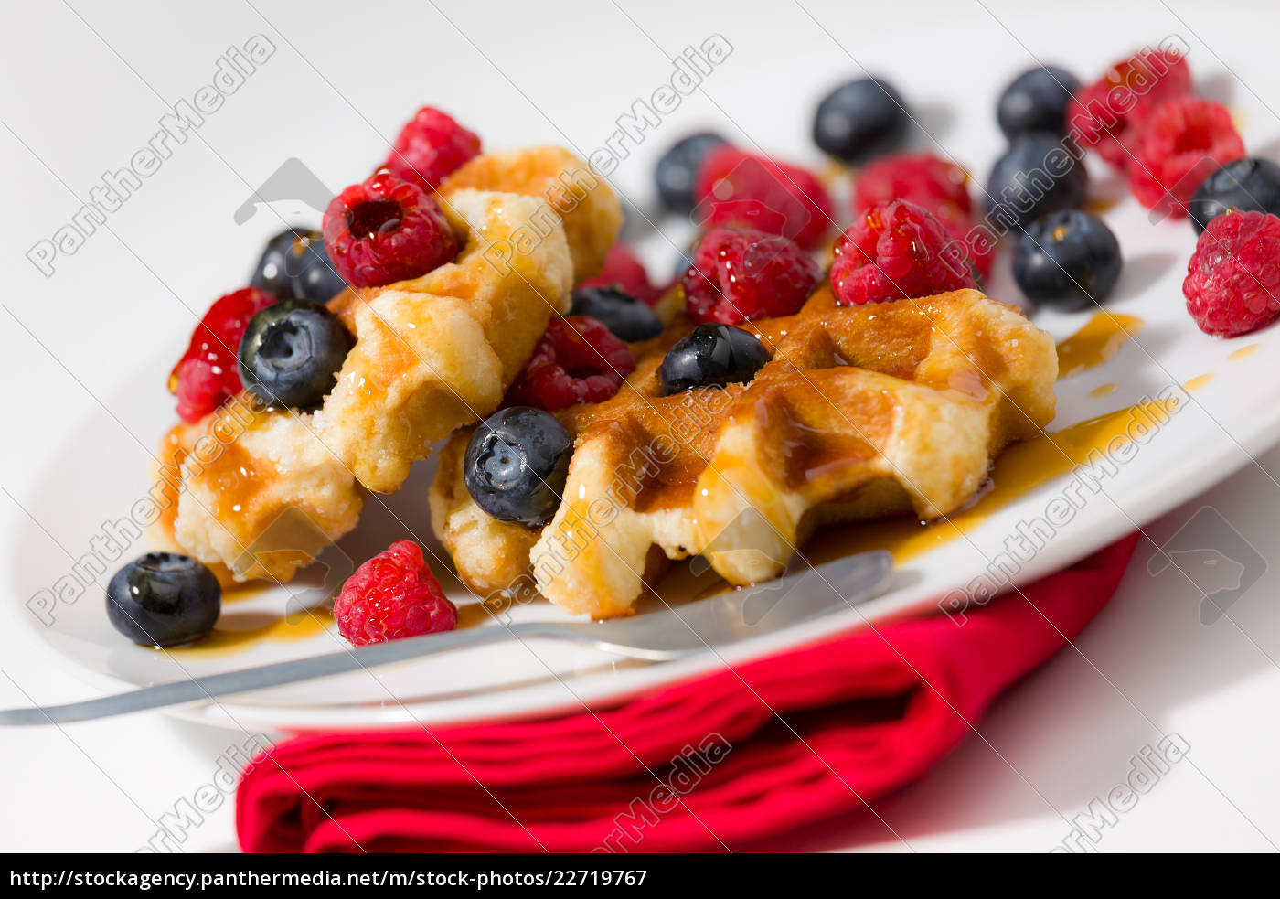 close-up, of, waffles, with, berries, and - 22719767