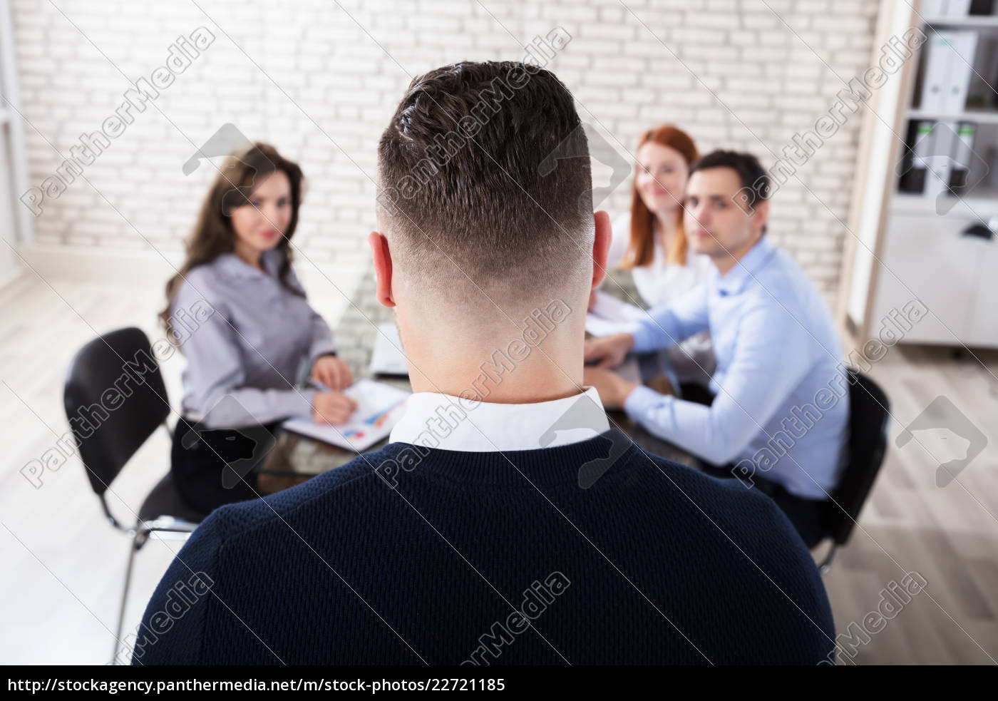 businessman, in, office, meeting - 22721185