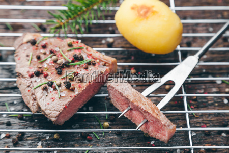 delicious, grilled, steak, with, seasoning, on - 22727557