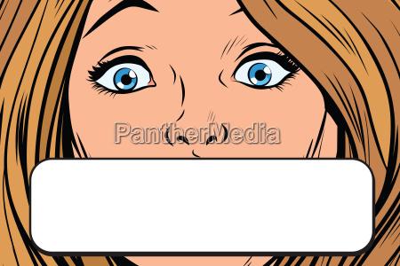 close up female eye copy space