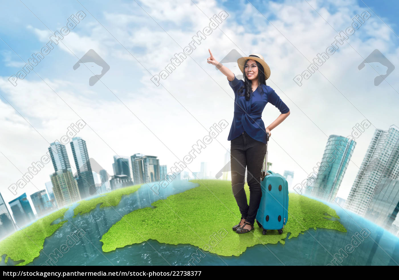 happy, asian, woman, tourist, wearing, hat - 22738377