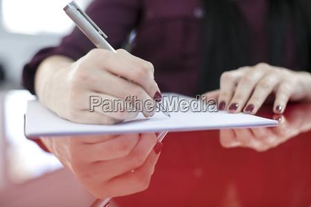 weiblich haende schreiben