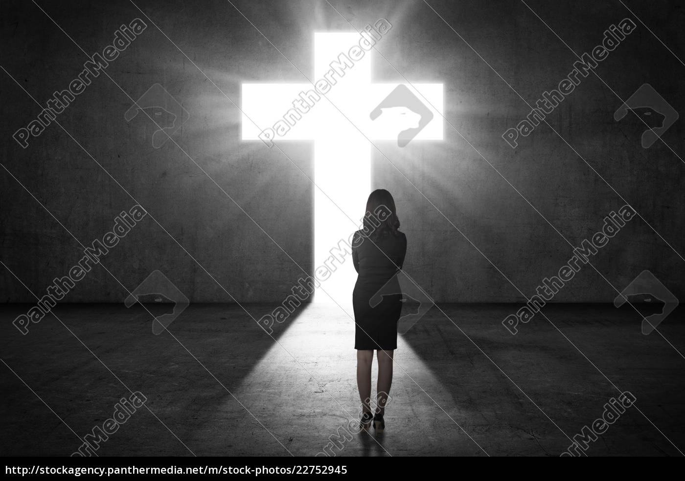 business, woman, looking, the, shining, cross - 22752945
