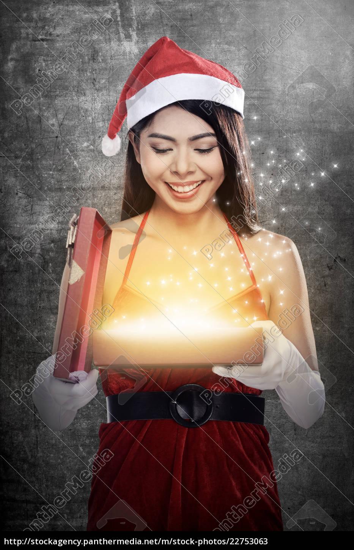 christmas, santa, woman, opening, gift, box - 22753063