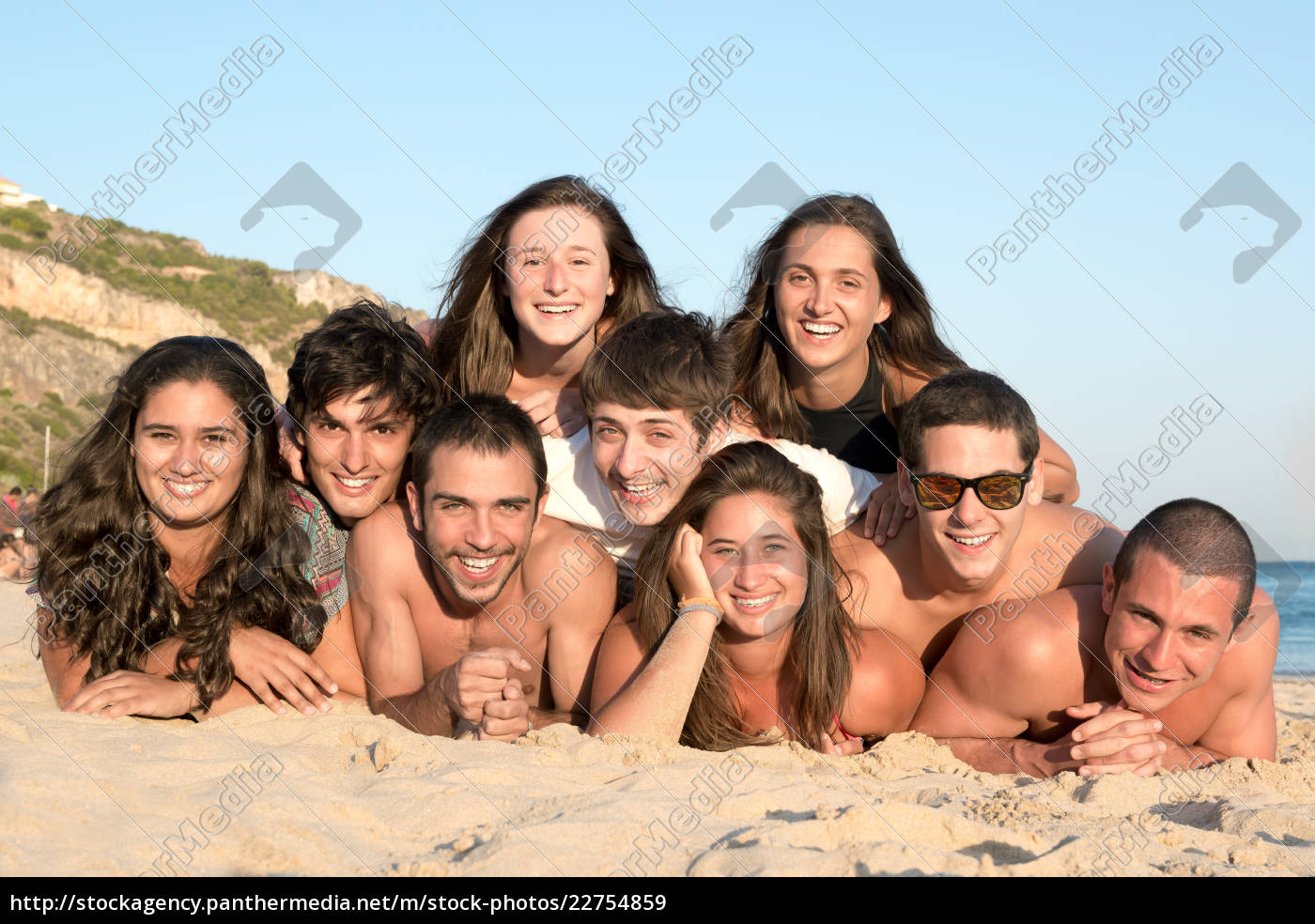friends, in, summer, time - 22754859