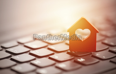 small, red, house, with, heart, over - 22755829