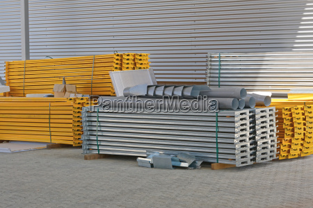 construction shelves material