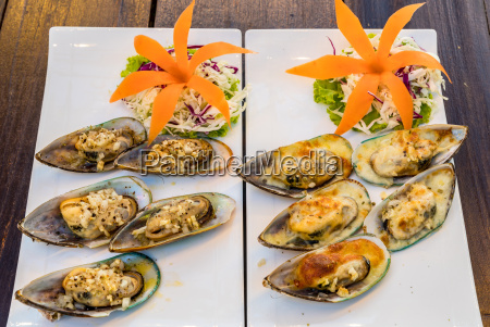 grilled new zealand mussels