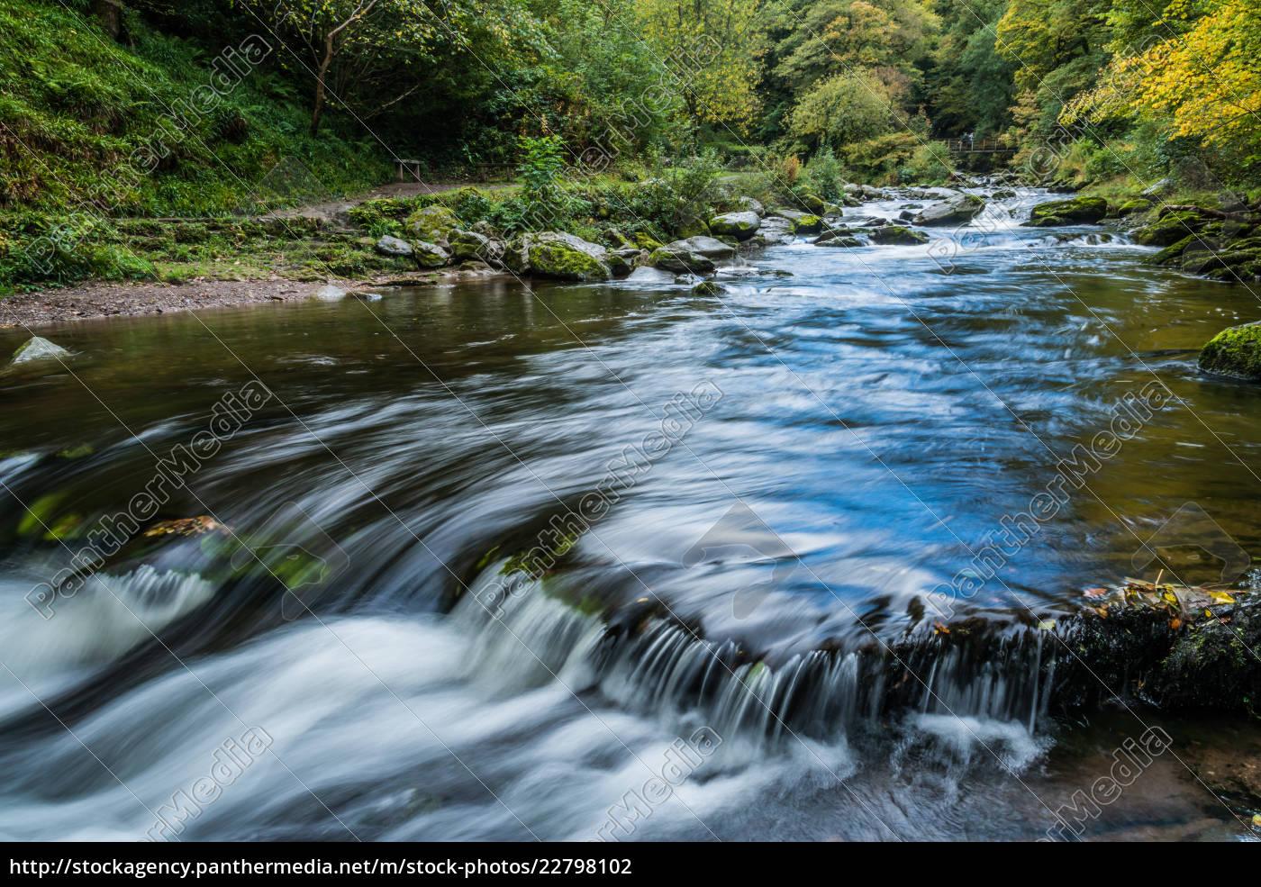 bridge, over, the, east, lyn, river - 22798102