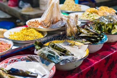 food stalls at gianyar night market