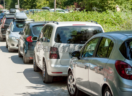 narrow street problems with parking traffic