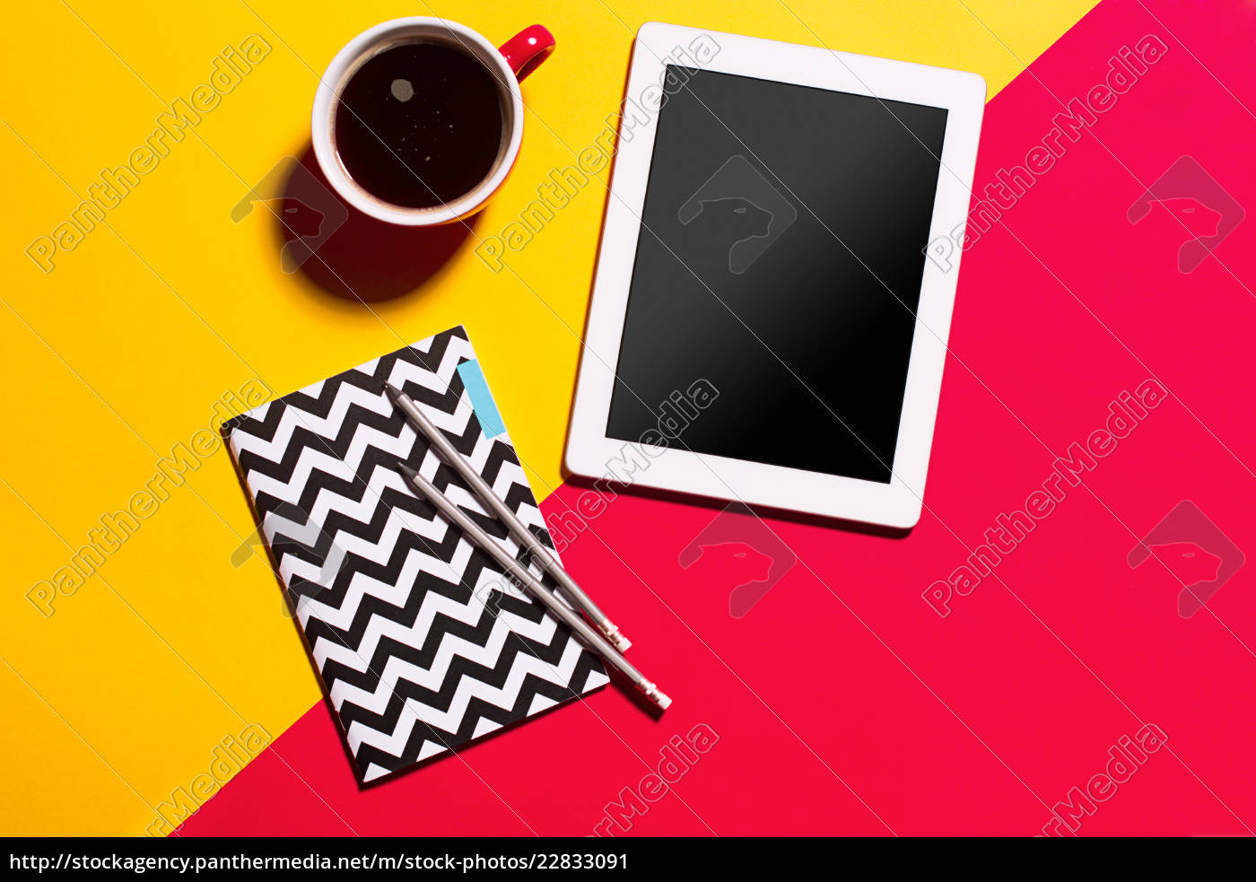 modern, red, office, desk, table, with - 22833091