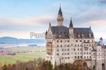 fairytale neuschwanstein castle bavaria germany