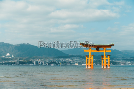 itsukushima in japan