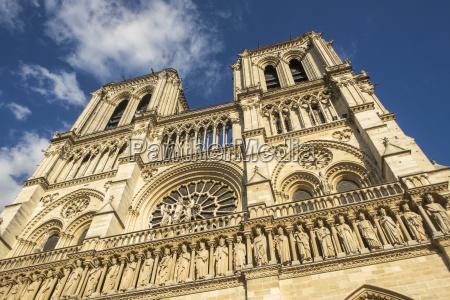 church notre dame in paris france
