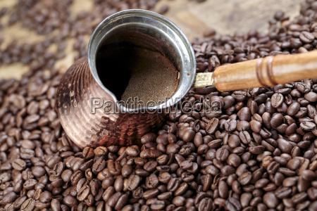 fresh roasted coffe beans