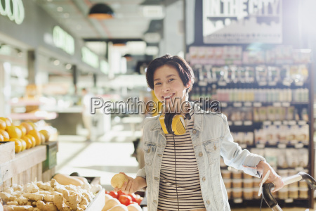 portrait smiling confident young woman with
