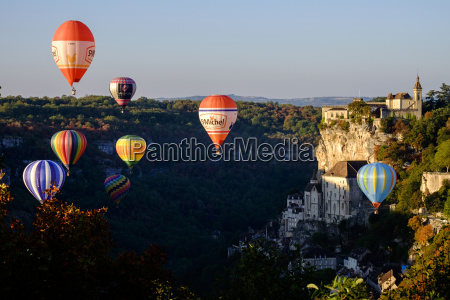 hot air balloon festival rocamadour lot