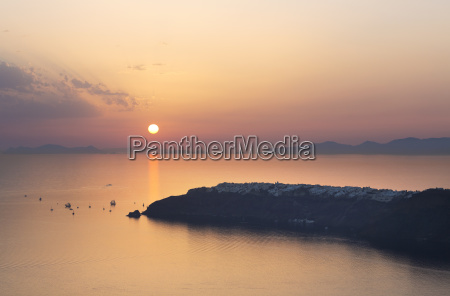 sunset over oia from imerovigli santorini