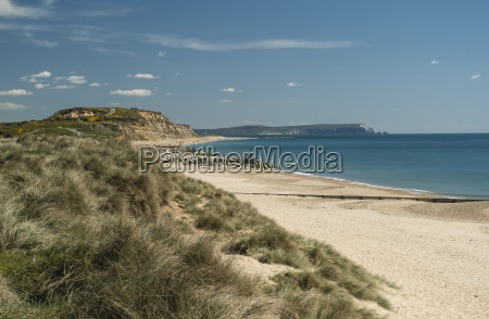 hengistbury head cliffs and beach bournemouth