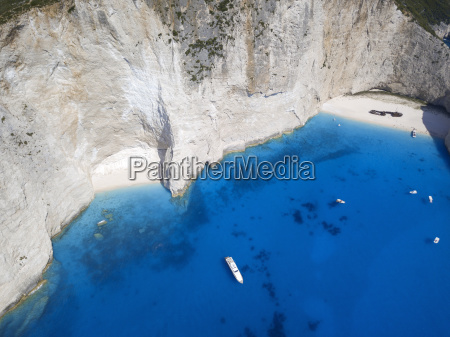 vista aerea de navagio beach e