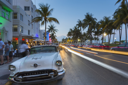 ocean drive restaurants vintage car and
