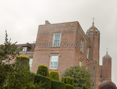 side view of melford hall mansion