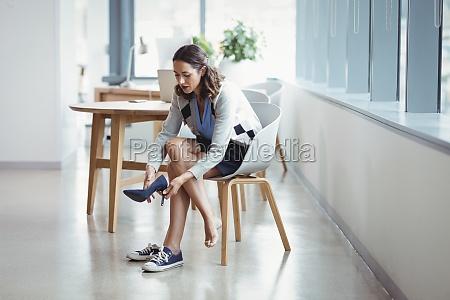 donna blu ufficio carriera bello bella