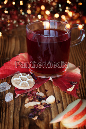 winter tea or mulled wine on