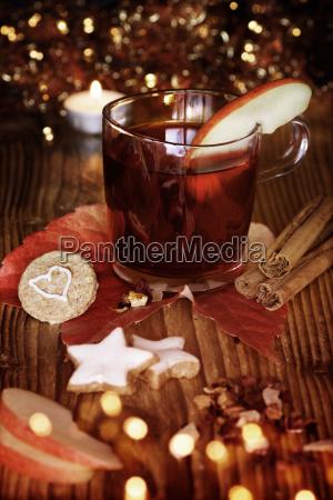 winter tea or mulled wine on