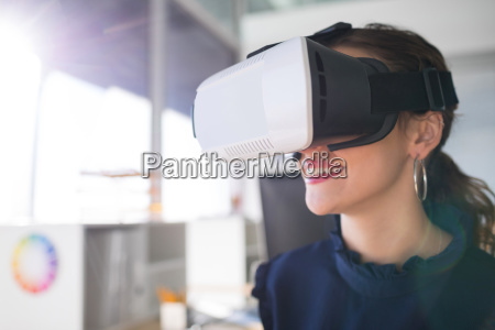 female architect using virtual reality headset