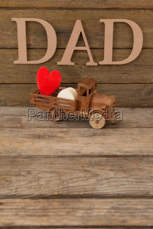 dad text by heart shape in