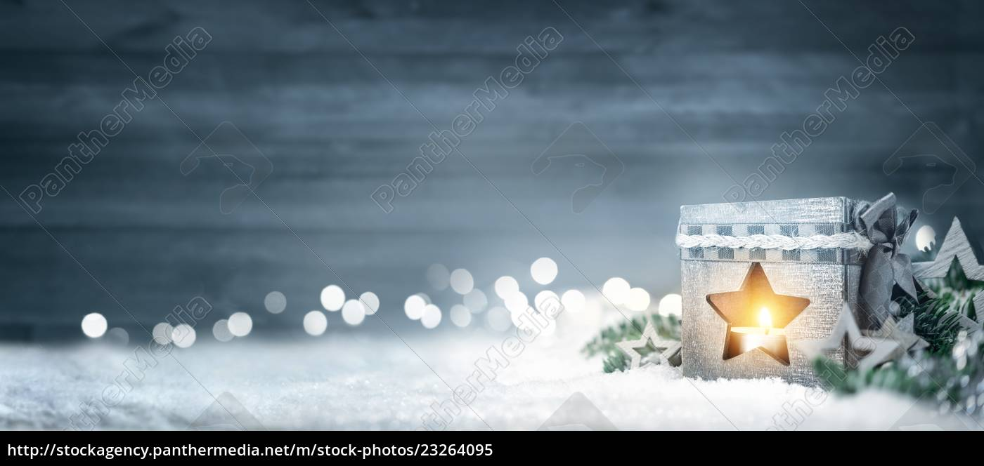 christmas, wood, background, with, lanterns, fir, branches - 23264095