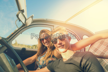 couple, in, a, car - 23439397