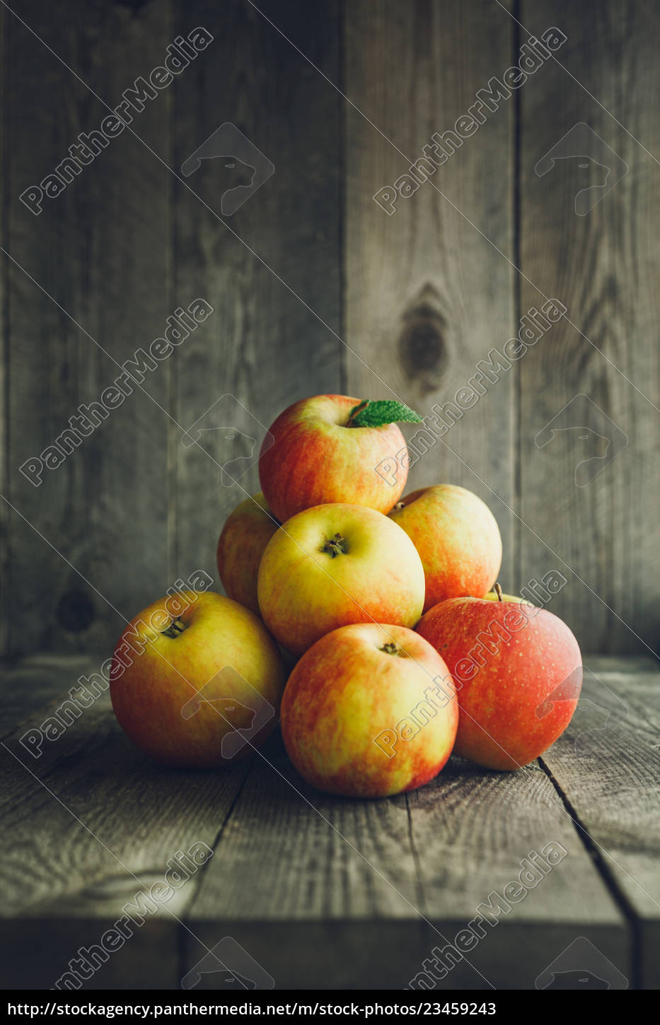apples, on, wooden, background - 23459243