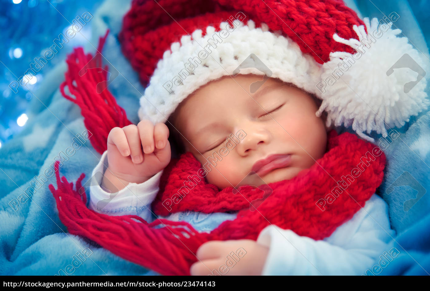 newborn, baby, sleeping, on, christmas, eve - 23474143