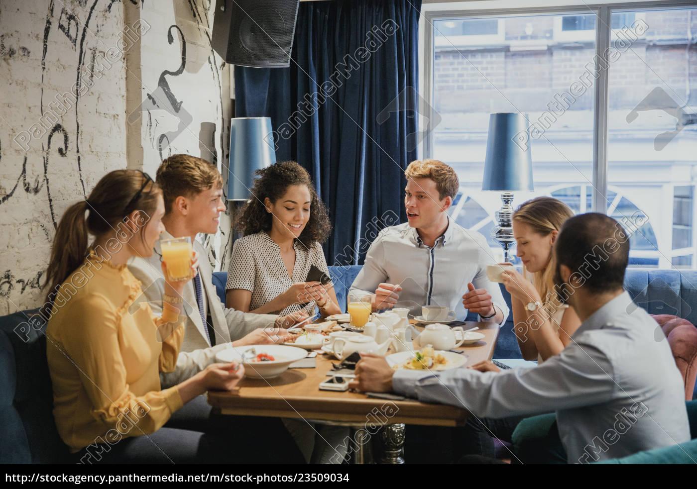 friends, enjoying, breakfast, together - 23509034