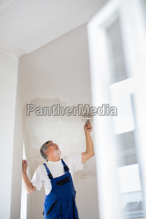 painter, man, at, work, with, a - 23527078