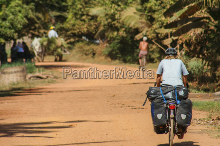cycle touring in cambodia