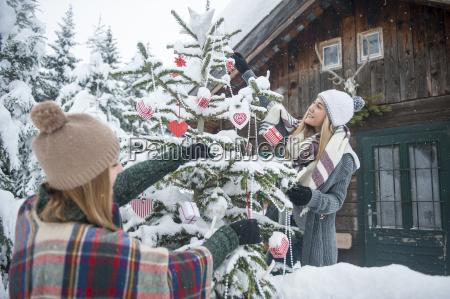 austria altenmarkt zauchensee two young women