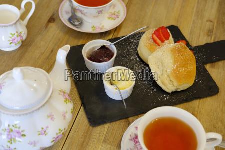 cornish cream tea scones strawberry jam