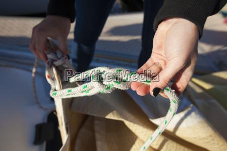 sailor showing knots before sailing perth