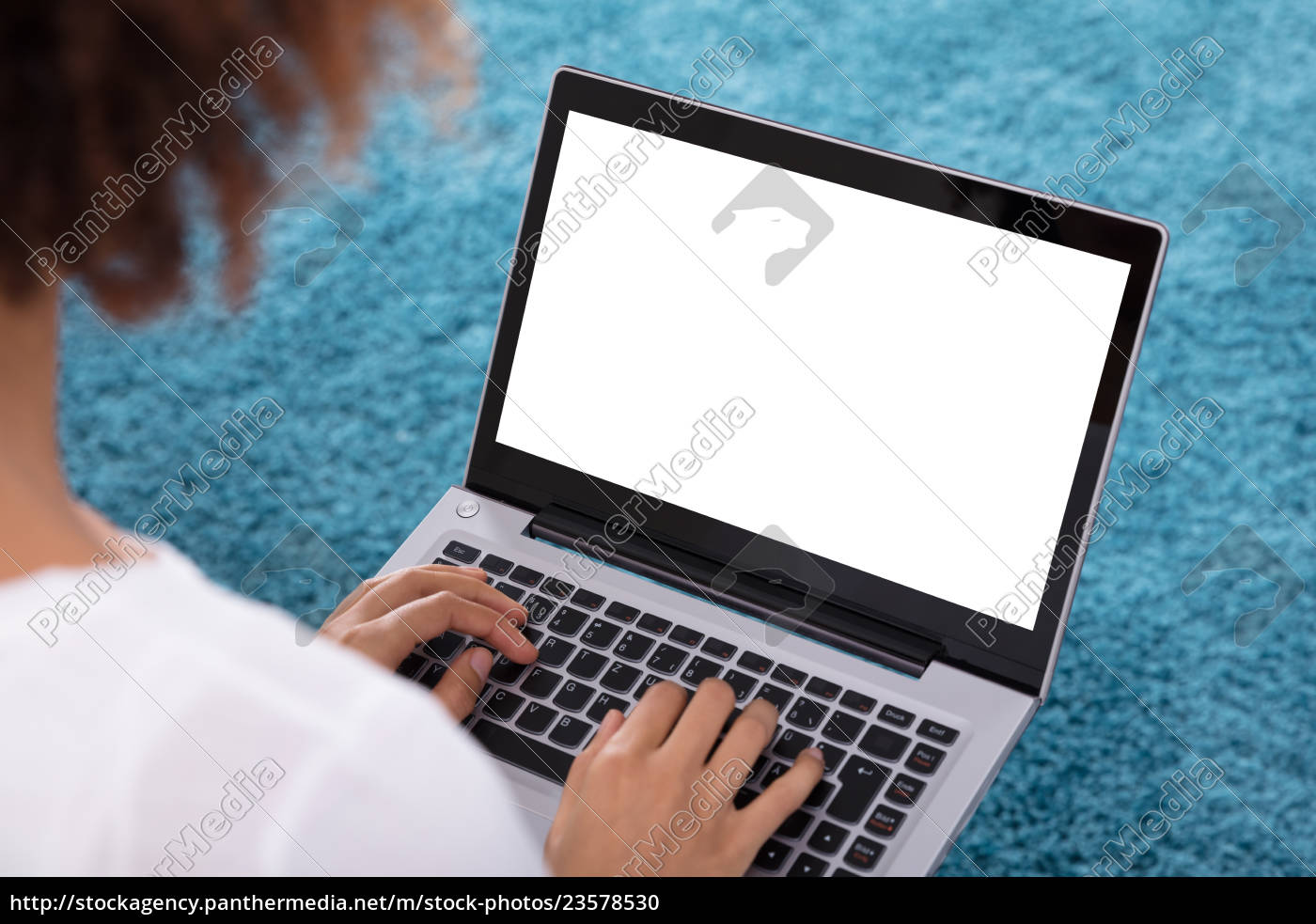 close-up, of, a, woman, using, laptop - 23578530