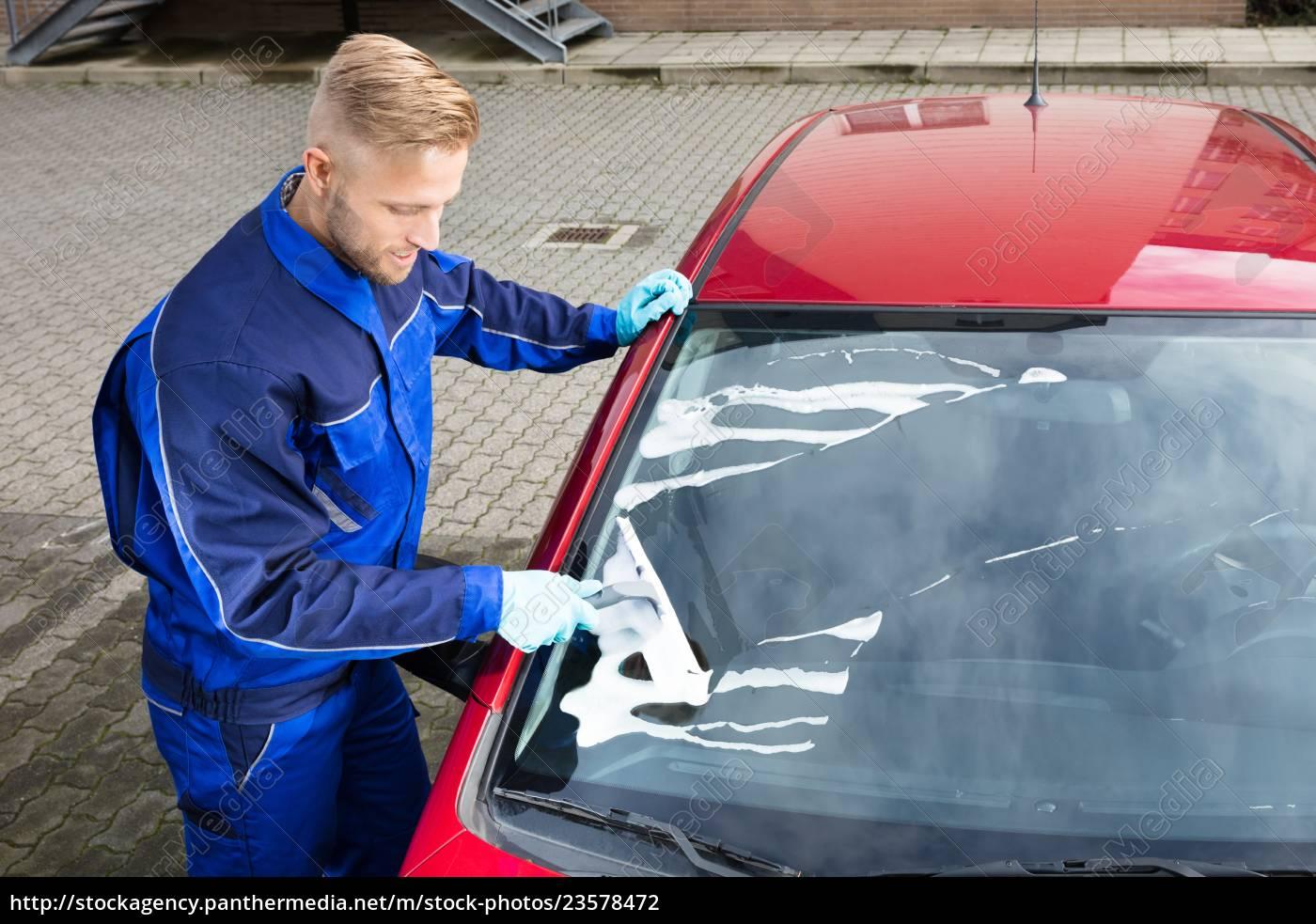 worker, washing, windshield - 23578472