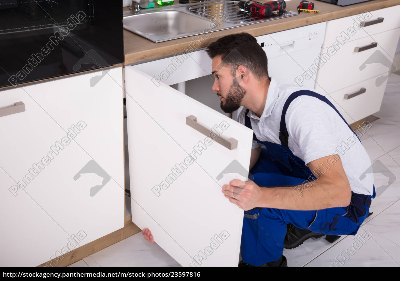 handyman, fixing, sink, door - 23597816