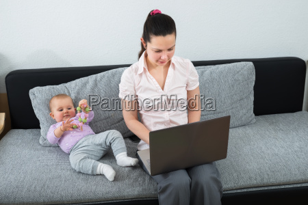 woman, using, laptop - 23599868