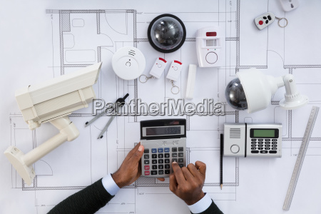 architect, hands, using, calculator - 23600604
