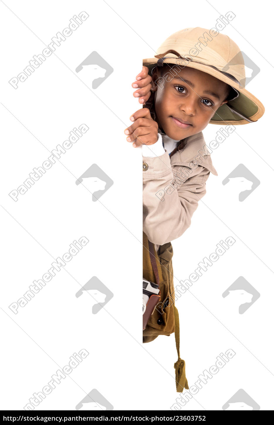 boy, in, safari, clothes - 23603752